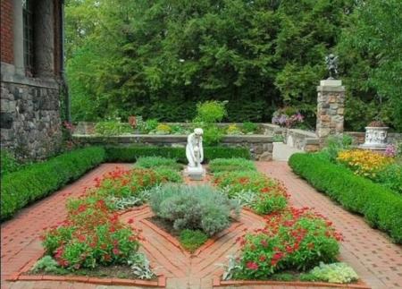 cranbrook garden5